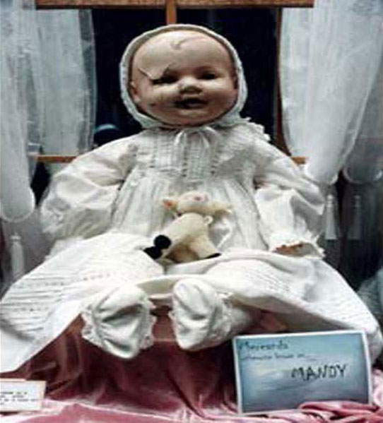 MANDY-THE-HAUNTED-DOLL2